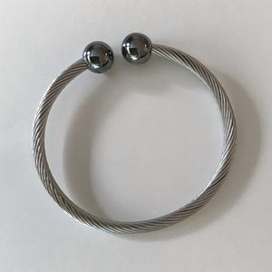 Jewelry - NWOT Unisex Stainless Steel Magnetic Bracelet